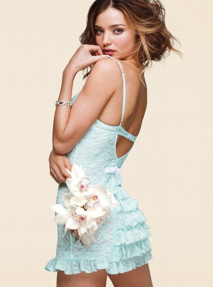 Conjunto para dormir de lencería en color azul - Foto Victoria's Secret 2013
