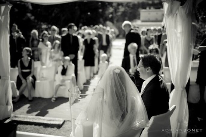 La liste des invités se révèle souvent être un casse-tête pour les futurs mariés - Photo : Adrian Bonet