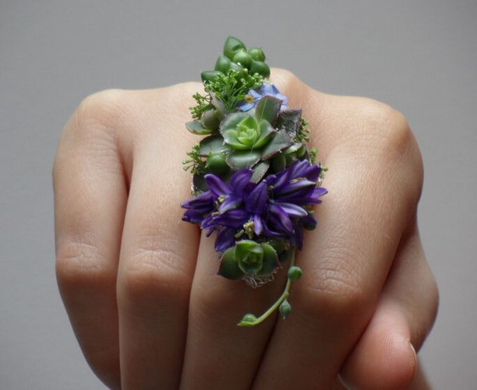 z corsage anel
