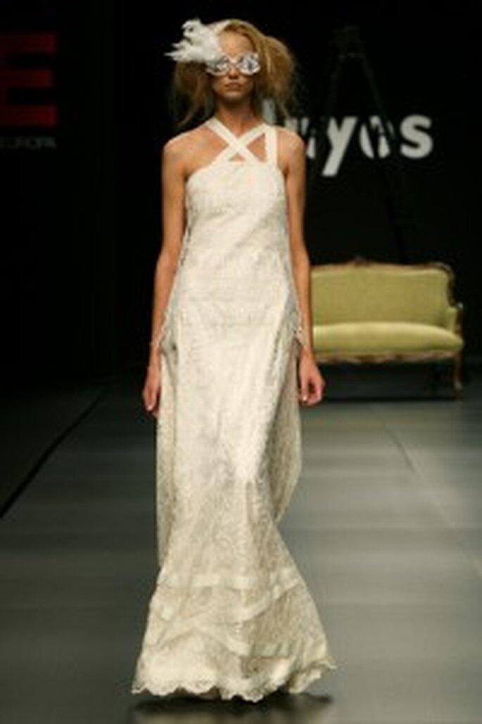 Robe de mariée Juan Duyos 2009 breteles croisées
