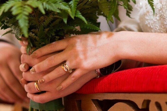 La boda de Andrea y Oliver con acentos de color rojo carmesí - Foto Wedding Shooters MX