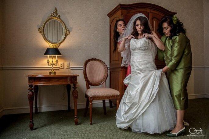 Deja que tu fotógrafo capture cada una de las imágenes de tu boda - foto Arturo Ayala