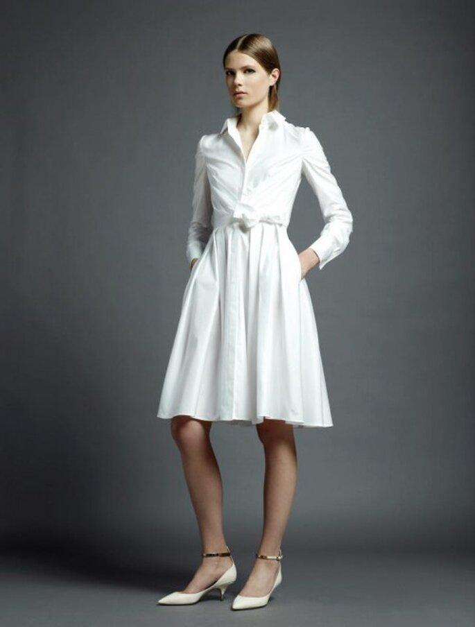 Vestido de novia en tendencia para una boda civil a la moda - Foto Valentino