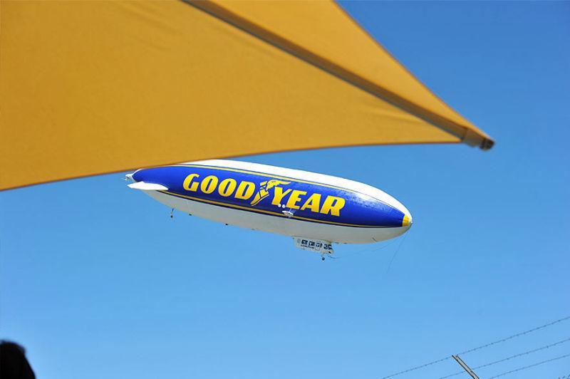 Beispiel: Zeppelin, Foto: Zeppelin Hangar.
