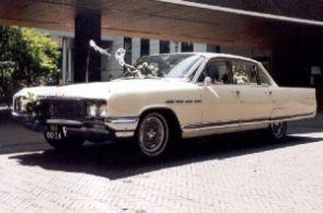 Tap Trouwvervoer Buick Electra 225
