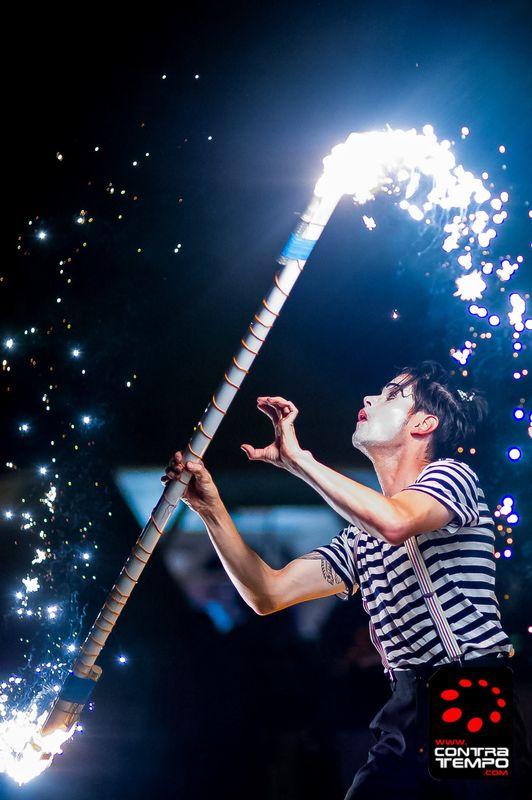 Mr.Milk - Espetáculos e Eventos  O bastão magico