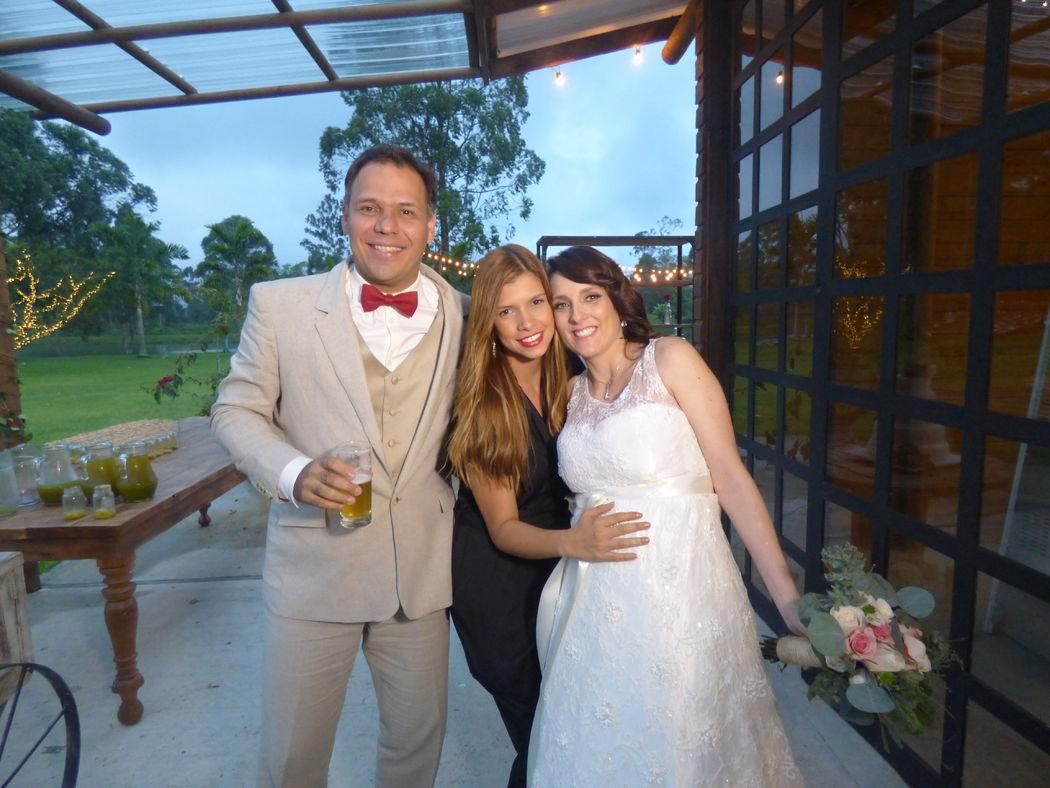 Cata, Mauro & Martín Wedding Planner: Lina Vargas Producción Decoración : Lica Creativa