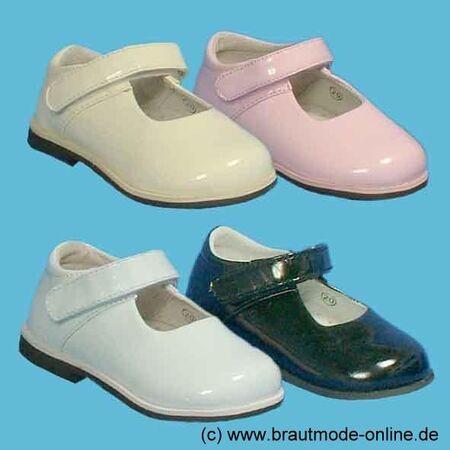 Beispiel: Blumenkinder-Schuhe, Foto: Brautmode Online.