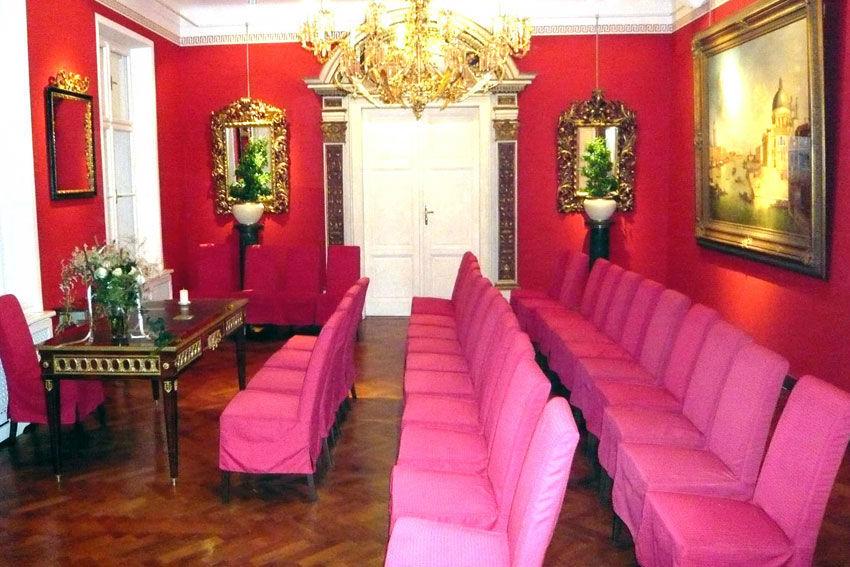 Beispiel: Raum für die Trauung, Foto: Schloss St. Veit.