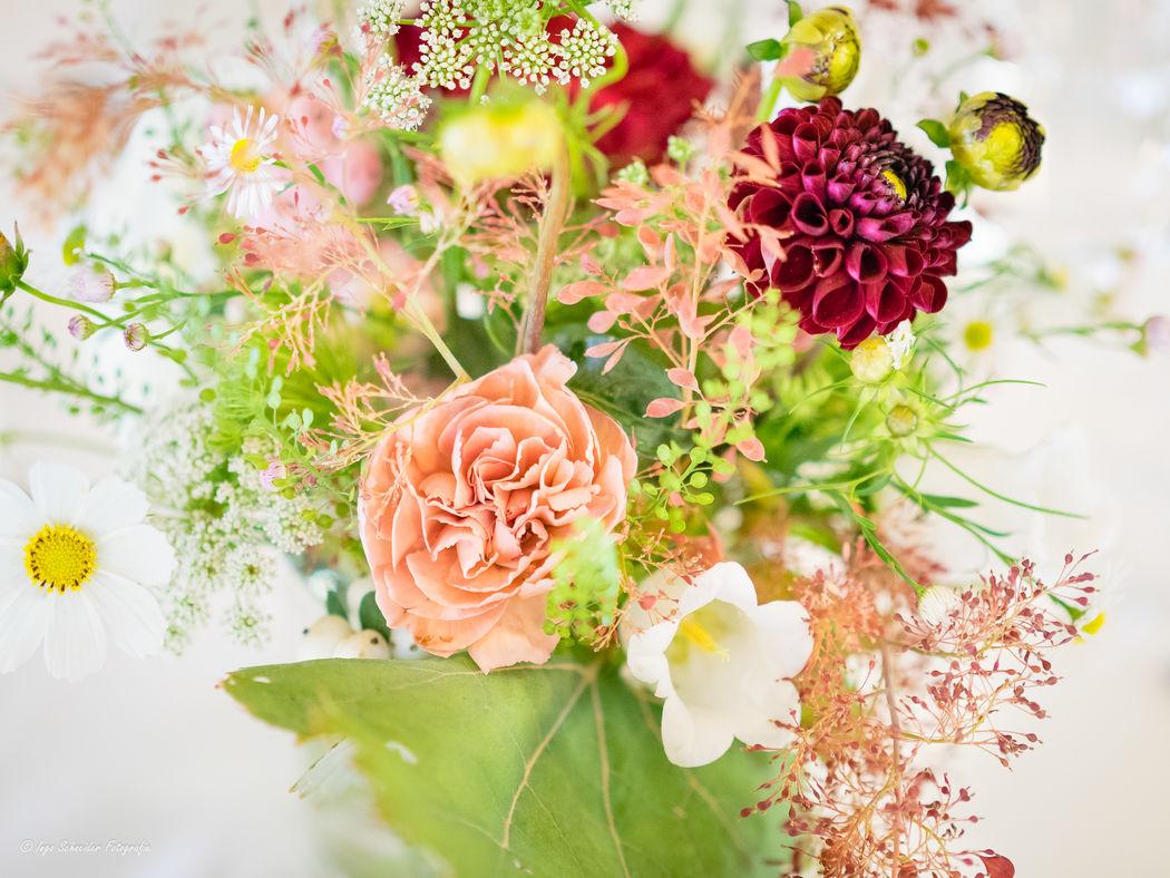 Tischdekoration Hochzeit Grimselhospiz (Foto: Ingo Schneider Fotografie)