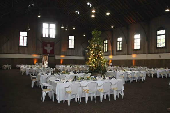 Beispiel: Hochzeitstafel, Foto: Urs Hauri.