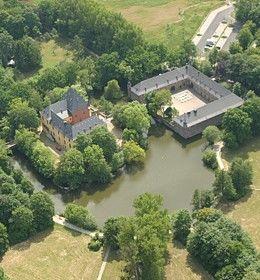 Beispiel: Schloss von oben, Foto: Schloss Burgau.