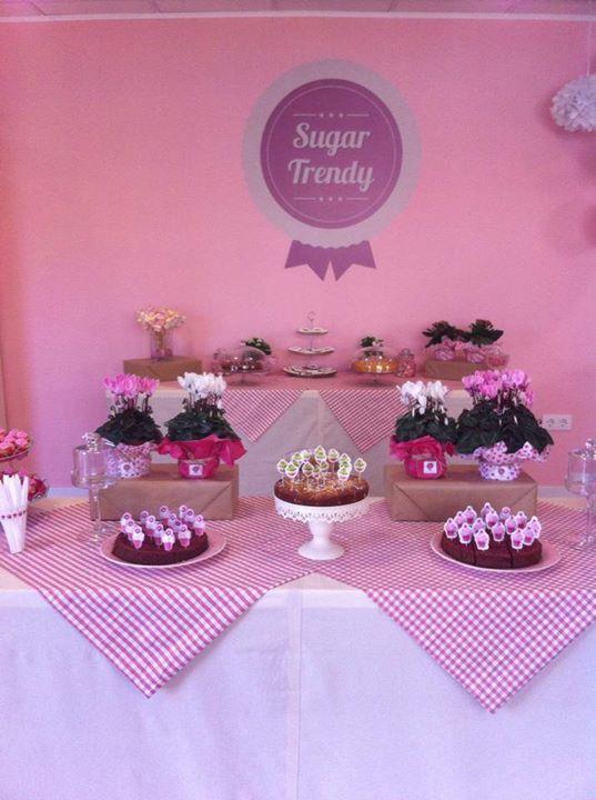Sugar Trendy.