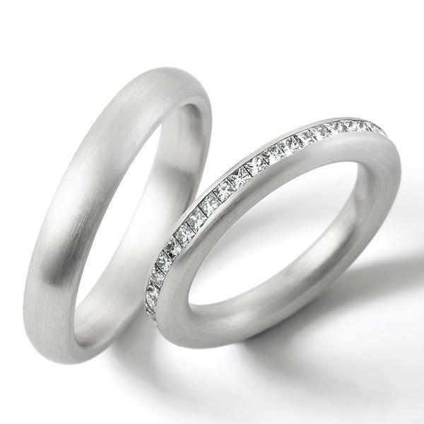 Beispiel: Silberring mit Diamantenverzierung, Foto: Juwelier Röder.