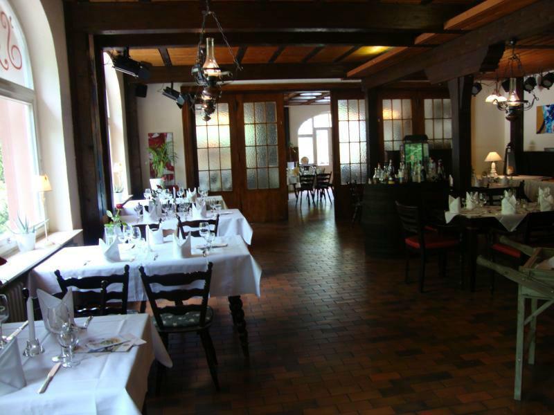 Beispiel: Restaurant, Foto: Restaurant ´S´ Kastanie.