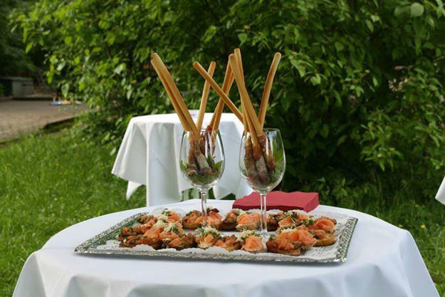Beispiel: Büffet, Foto: Restaurant Hirschau.