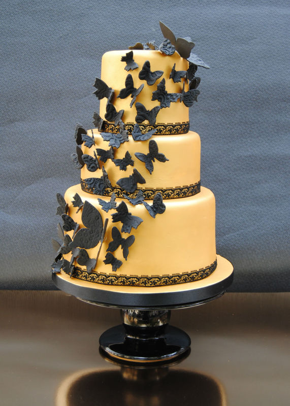 Butterflies lace wedding cake