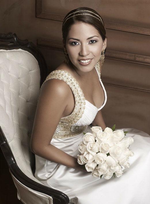 Claudia Jimenez Novias