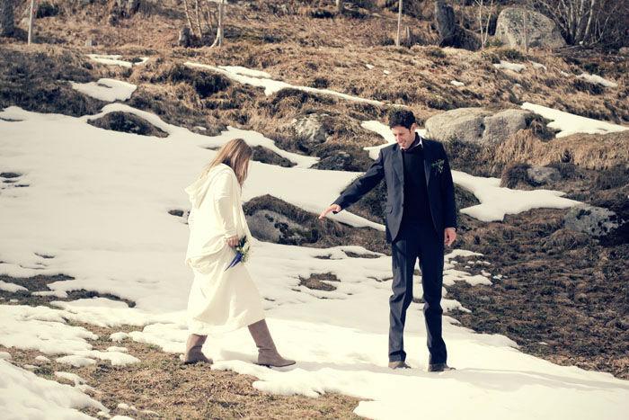 Beispiel: Hochzeitsanzug und Brautkleid, Foto: 2ème Étage.