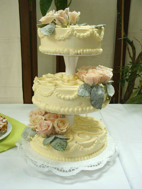 Beispiel: Hochzeitstorte, Foto: Avecio Café.