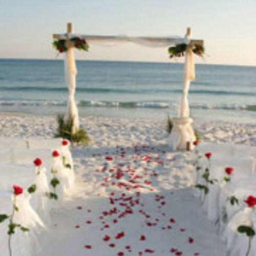 Beispiel: Traumhafte Hochzeitslocation am Meer, Foto: Sweethearts Wedding.