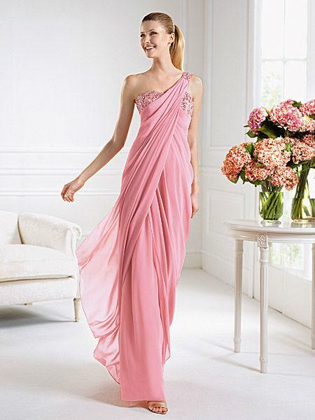 Beispiel: Kleider für Brautführerinnen, Foto: Liluca Zürich Festkleider.