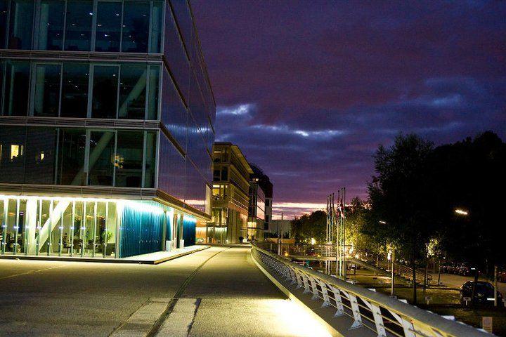 Beispiel: Bei Nacht, Foto: IndoChine waterfront + restaurant.