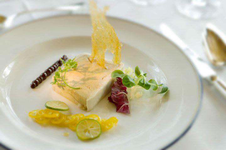 Beispiel: Kulinarische Köstlichkeiten, Foto: Grand Hotel Zermatterhof.