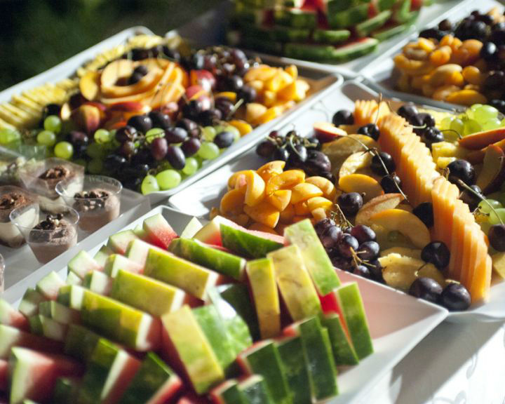 Tagliata di frutta fresca al boccone
