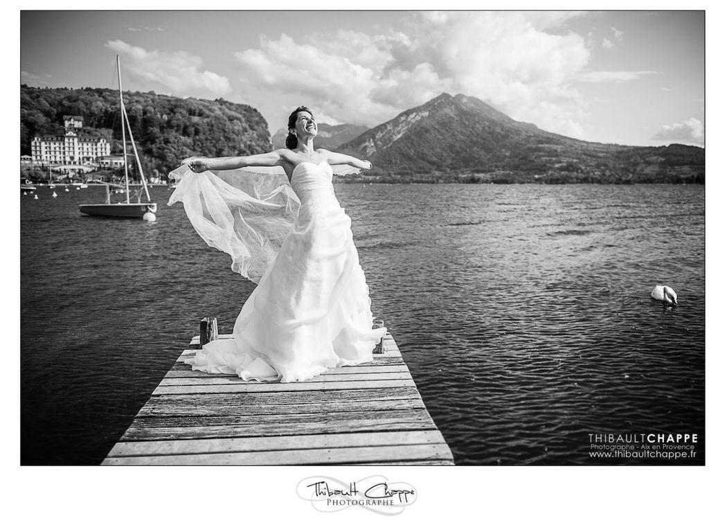 Bridal session avec une mariée sur le Lac d'Annecy