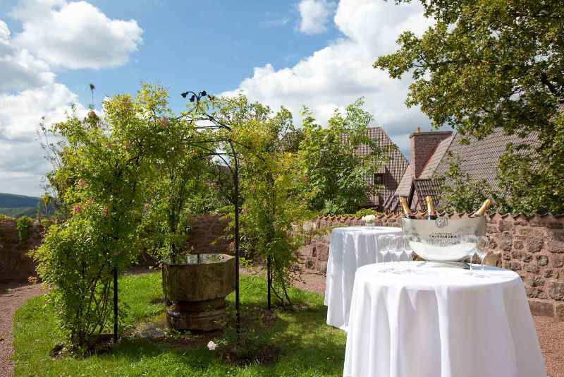 Im Grünen feiern, Foto: Hotel auf der Wartburg