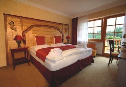 Beispiel: Zimmer, Foto: Romantik Hotel Waxenstein.
