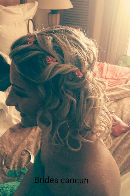 Accesorios flores, tiaras, etc un detalle q hace lucir tu peinado