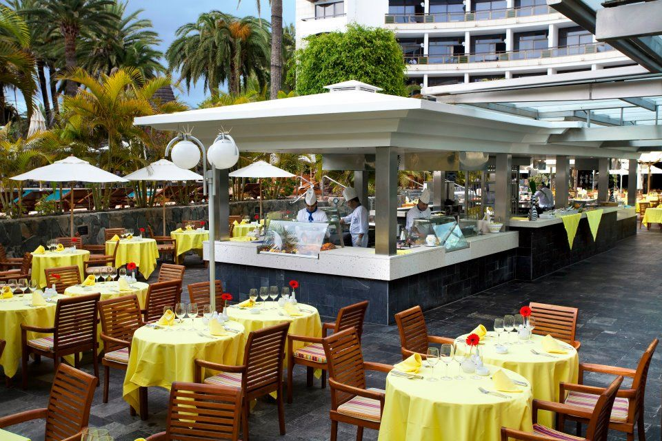 Buffet en el Seaside Palm Beach