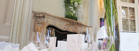 Beispiel: Hochzeitsbankett mit Stil, Foto: Adventure Catering.