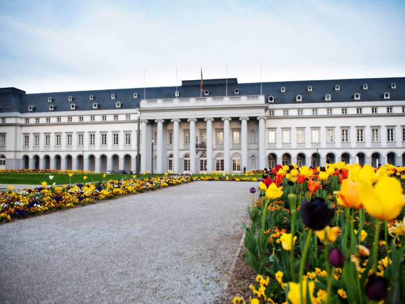 Beispiel: Aussenansicht, Foto: Kurfürstliches Schloss Koblenz.