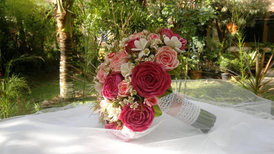 Belíssimo buquê em dois tons de rosa