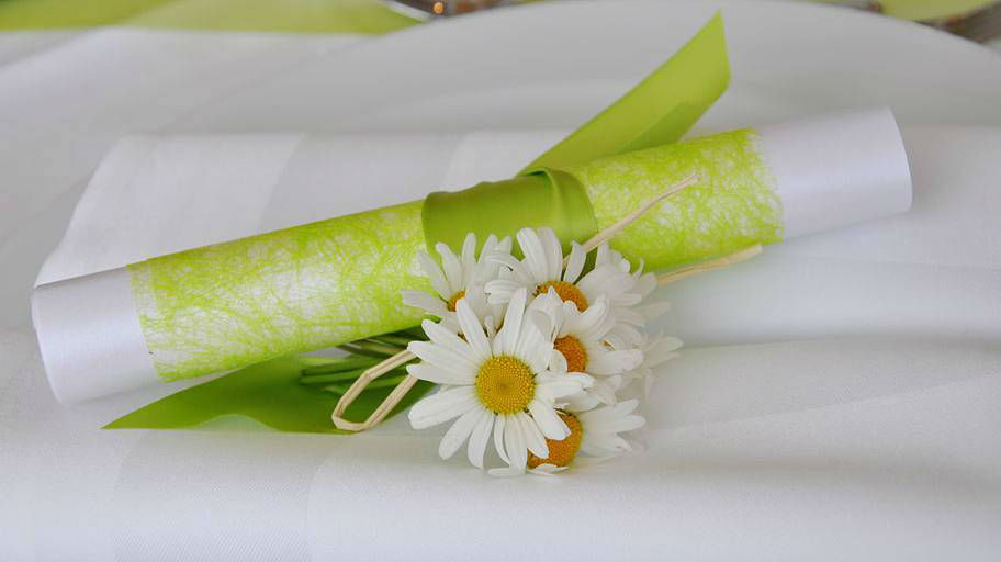 Beispiel: Tischdekoration aus Margeriten, Foto: Blumen Isabella.