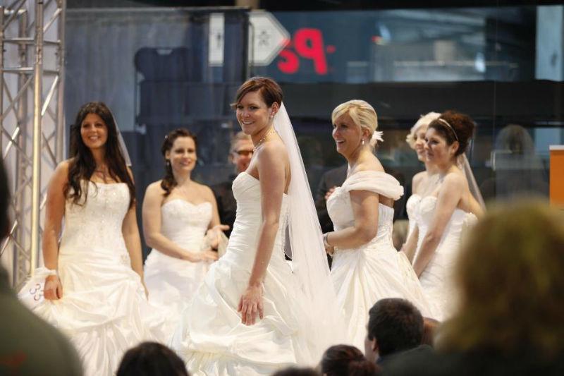 Beispiel: Wunderschöne Kollektionen für die Braut, Foto: Die Erlebnishochzeit Limburg.