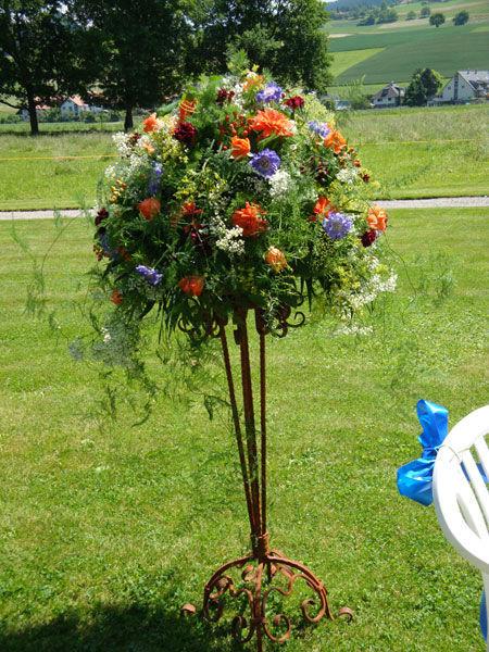 Beispiel: Wunderschöne Gestecke, Foto: Blütenreich.