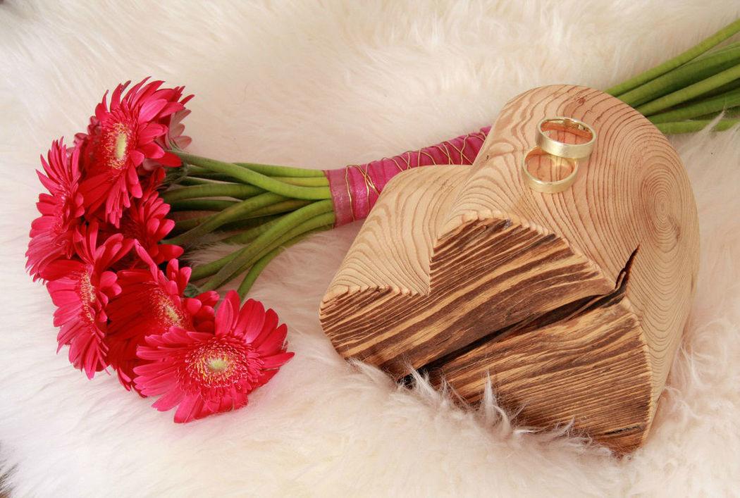 Beispiel: Hochzeitsfloristik, Foto: Festdeko.