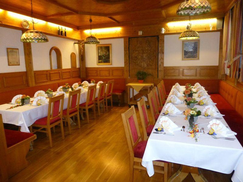 Beispiel: Tischanordnung, Foto: Hotel Schlosswirt.