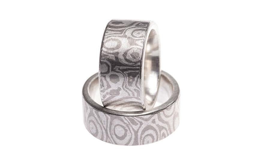 Beispiel: Ringe in Silber mit Mustern, Foto: Eve & Me.