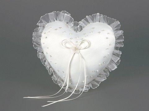 Beispiel: Ringkissen in Herzform, Foto: Event-Mode.