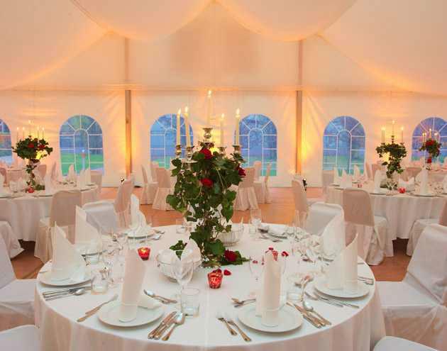 Beispiel: Hochzeitscatering, Foto: First Catering.