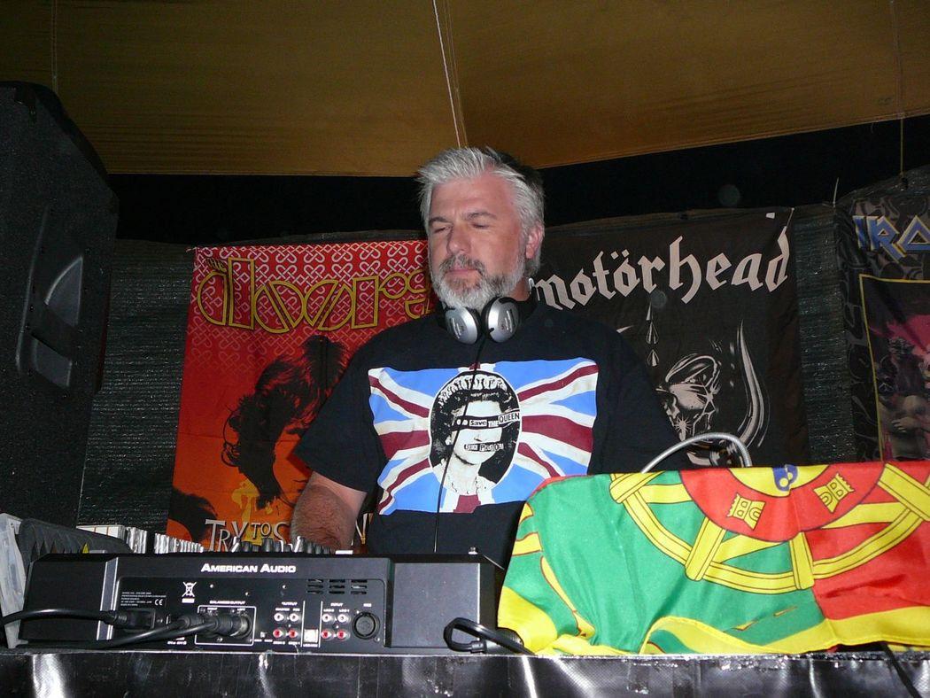 DJ Carteiro a animar uma TRUE ROCK SESSIONS