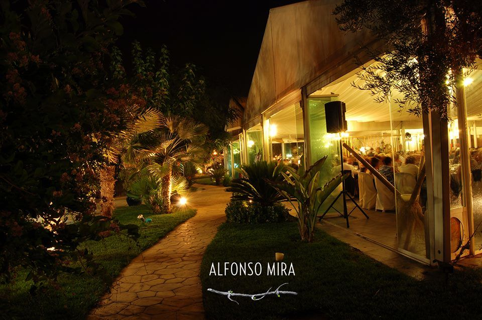 Alfonso Mira