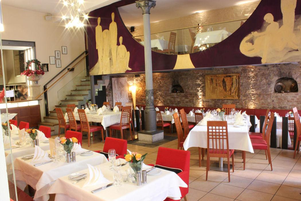 Beispiel: Restaurant, Foto: Hotel Roter Hahn.