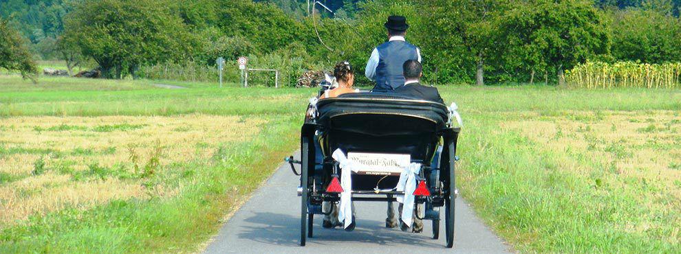 Beispiel: Fahrt ins Glück, Foto: Kutschfahrten Behringer.