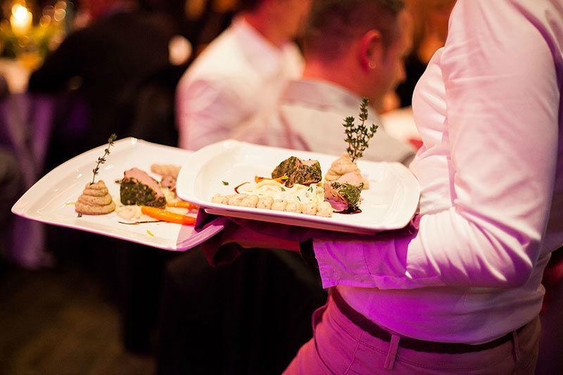 Beispiel: Service, Foto: Moods Bar & Restaurant.